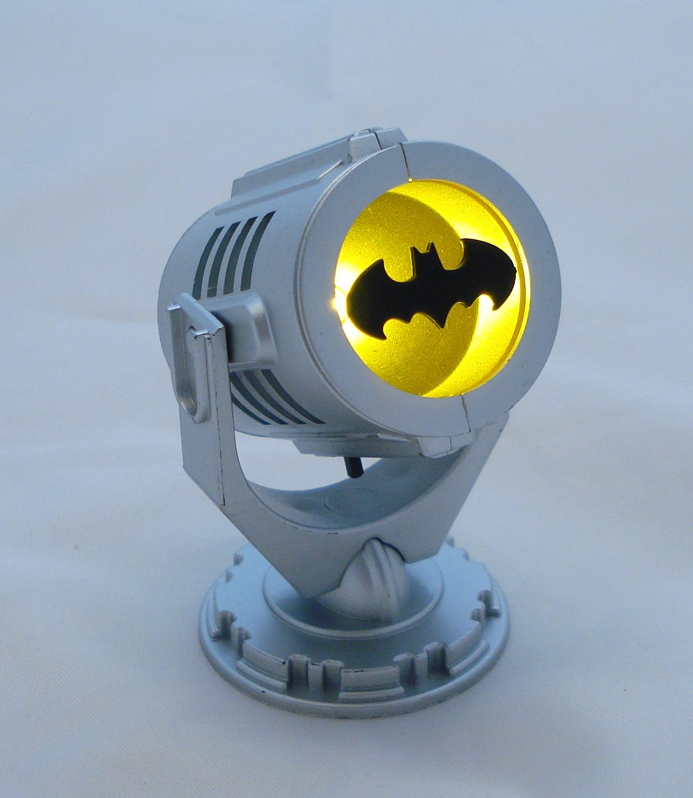 Batman Bat Signal Crazygeektoys Com