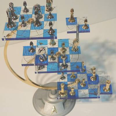 Star Trek Tri Dimensional Chess Set By Franklin Mint